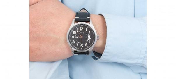 watch-only-time-man-guess-dakota-w1102g1_45241_zoom